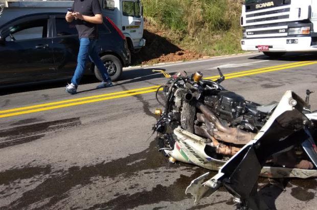 """""""Ele caiu na pista e ficou"""", diz testemunha de acidente com duas mortes em Ipê Saulo Vargas / Divulgação/Divulgação"""