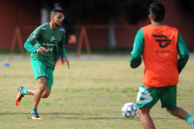 Juventude e Sport fecham acordo para troca de Jair por Hygor Silva Felipe Nyland/Agencia RBS
