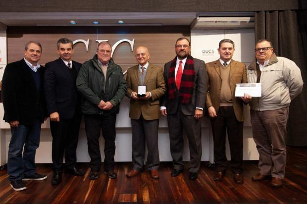 Família de Guido Mário D'Arrigo recebe homenagem na CIC Antônio Valiente/divulgação