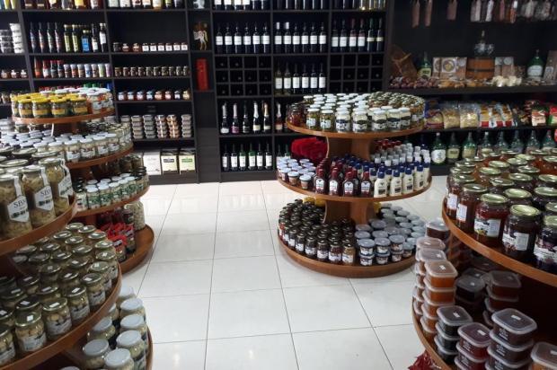 Caxienses abrem boutique de produtos coloniais no Litoral Charline Scola/divulgação