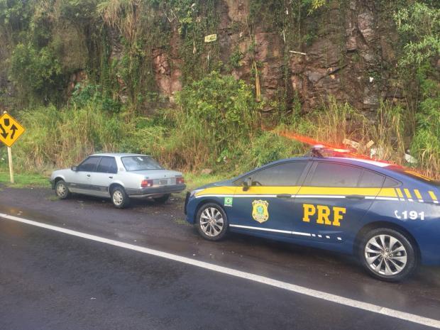 PRF recupera veículo furtado na BR-470, em Bento Gonçalves Polícia Rodoviária Federal  / Divulgação/Divulgação