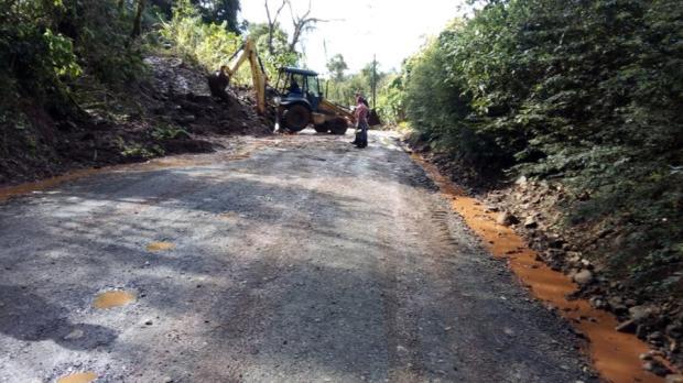 Equipes trabalham para reverter danos de temporal em Bento Gonçalves e Cotiporã Prefeitura de Cotiporã / Divulgação/Divulgação