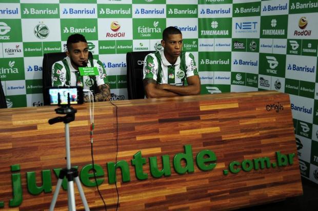 Rafinha e Hygor Silva são apresentados oficialmente pelo Juventude Marcelo Casagrande/Agencia RBS