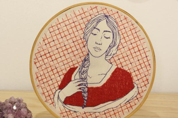 Agenda: roda de bordado com a artista Sharizy Pezzi ocorre nesta quarta, no Alouca Sharizy Pezzi/Divulgação