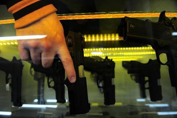 """""""Falam que é impossível, mas será que tentaram?"""", questiona delegado sobre porte de arma Porthus Junior/Agencia RBS"""