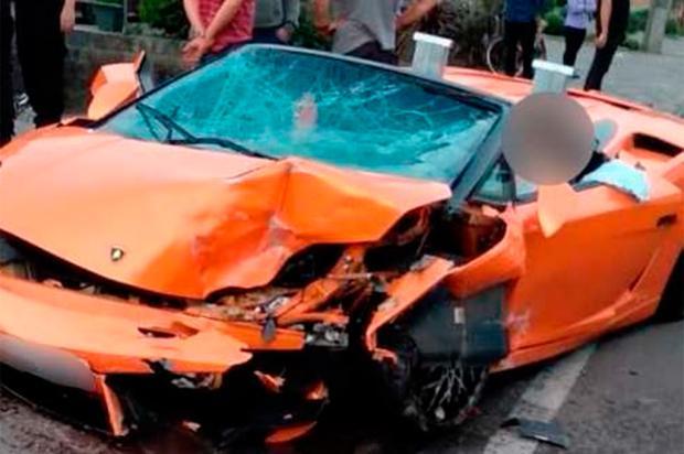 Avaliada em mais de R$ 700 mil, Lamborghini alugada se envolve em acidente em Gramado Arquivo pessoal / Divulgação/Divulgação