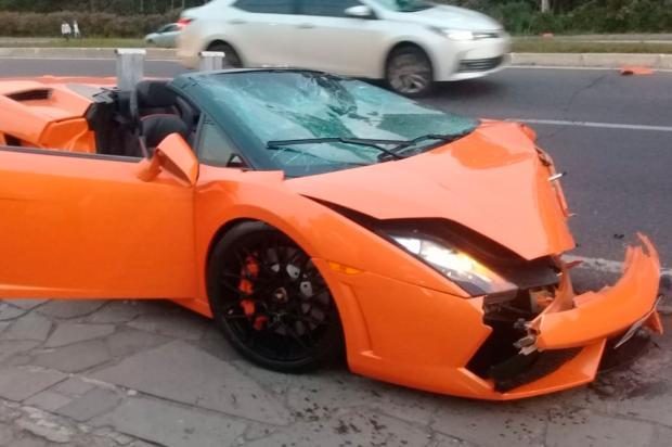VÍDEO: veja o momento do acidente com Lamborghini de R$ 738 mil em Gramado Eduardo Schultz / Divulgação/Divulgação