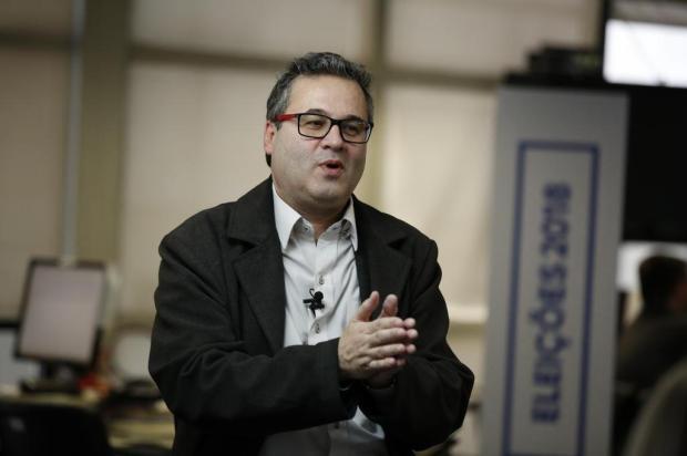 O que pensa Roberto Robaina sobre a educação da Serra ANDRÉA GRAIZ/Agencia RBS