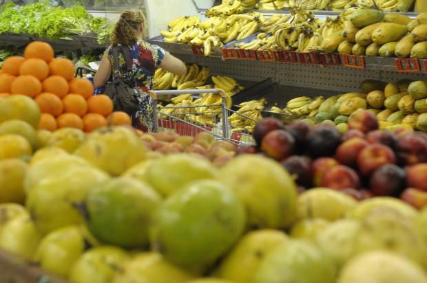 Supermercados de Caxias fecham acordo coletivo com apenas três feriados no ano Eduardo Ramos/Especial