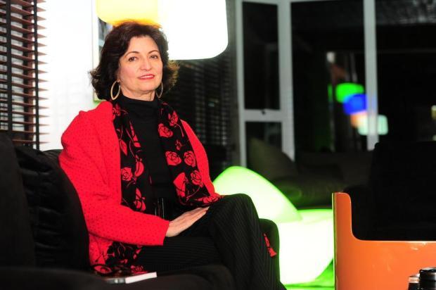 """3por4: Lisana Bertussi lança livro """"Uma Fresta no Sótão"""" Porthus Junior/Agencia RBS"""