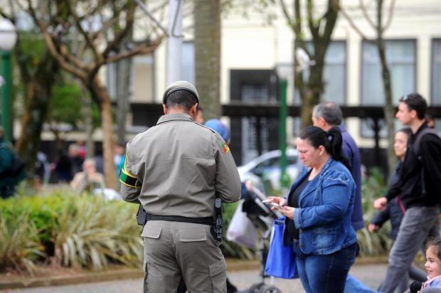 Mais 260 PMs e 50 policiais civis seriam suficientes para amenizar o baixo efetivo na Serra Lucas Amorelli/Agencia RBS