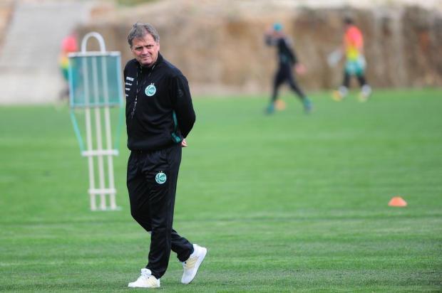 Intervalo: Está difícil encontrar um time ideal para o Juventude Porthus Junior/Agencia RBS