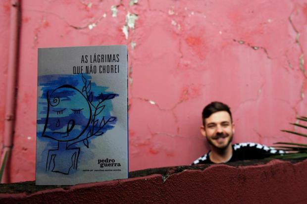 "Agenda: escritor caxiense Pedro Guerra lança ""As lágrimas que não chorei"", nesta sexta, no Zarabatana Lucas Amorelli/Agencia RBS"