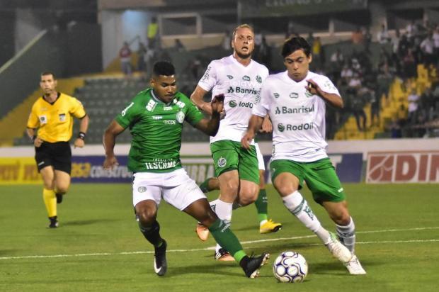 Winck pede equilíbrio para o Juventude sair da incômoda situação Eduardo Carmim/Photo Premium/Folhapres