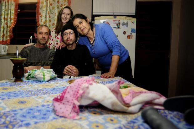 Após obter ajuda da comunidade, jovem com doença rara em Caxias faz transplante e passa bem Marcelo Casagrande/Agencia RBS