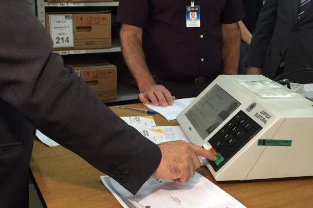 A pouco mais de uma semana das eleições, urnas eletrônicas passam por auditoria em Caxias do Sul André Fiedler/Agência RBS
