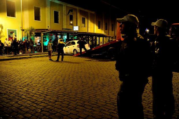 Proibição de estacionamento no Largo da Estação, em Caxias do Sul, muda a cara da região Lucas Amorelli/Agencia RBS