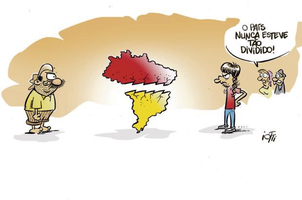 Iotti: país dividido Iotti/