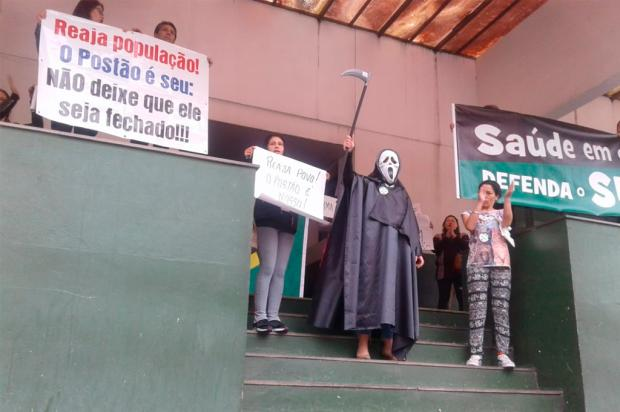 Conselheiros de Saúde protestam contra fechamento do Postão 24H em Caxias Mateus Frazão / Agência RBS/Agência RBS