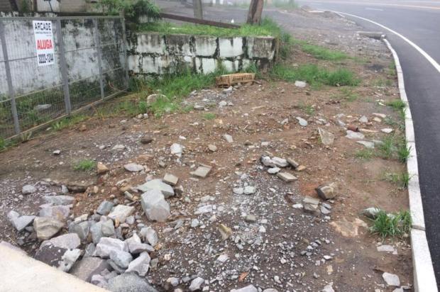 Empresários e moradores realizam abaixo-assinado por problemas em acessos na BR-116, em Caxias André Fiedler/Agência RBS