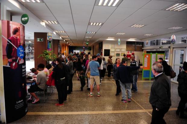 Eleitores enfrentam filas em pontos de votação em Caxias do Sul Marcelo Casagrande/Agencia RBS