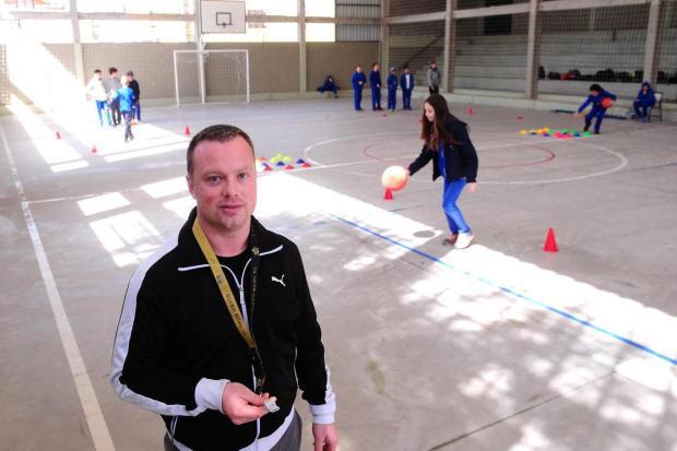 Desafio pelo movimento: A forma do professor Cristiano Nunes ensinar educação física Diogo Sallaberry/Agencia RBS