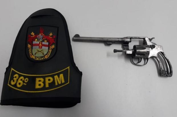 Brigada Militar prende jovem com arma no Centro de São Marcos BM/Divulgação