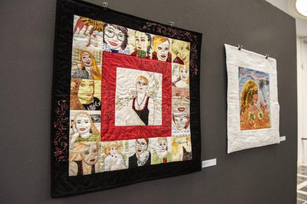 """Exposição """"Entre---Tecer"""" reúne trabalhos de oito artistas de diversas cidades gaúchas Cláudia Velho/divulgação"""