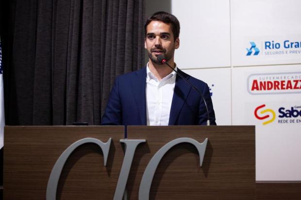 """""""Recuperação fiscal é só parte da solução"""", diz Eduardo Leite, em Caxias do Sul Antonio Valiente/Divulgação"""