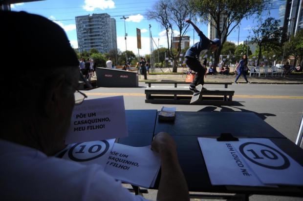 Idosos atuam como jurados de competição de skate em Caxias Felipe Nyland/Agencia RBS