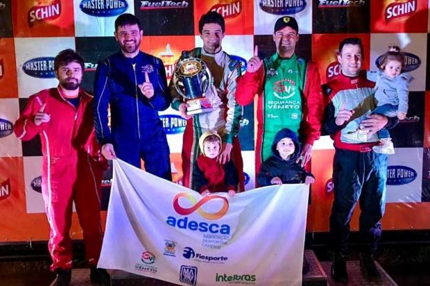 Quarteto caxiense vence segunda edição das 500 Milhas de Kart, no Velopark Adesca/Divulgação