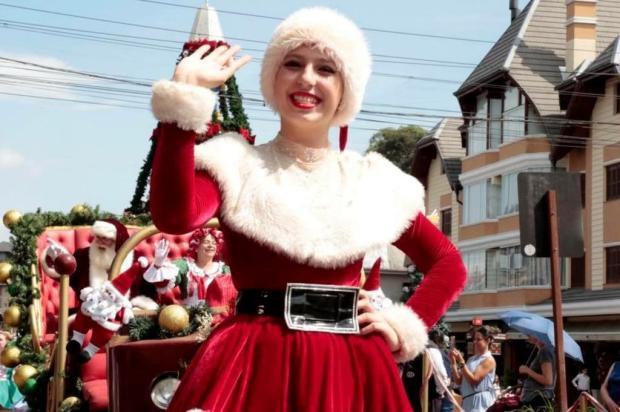 Mais de 500 pessoas da comunidade participam do Desfile de Natal em Gramado Cleiton Thiele/Divulgação