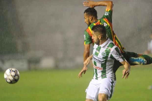 Juventude vence e respira na briga contra o rebaixamento Porthus Junior/Agencia RBS