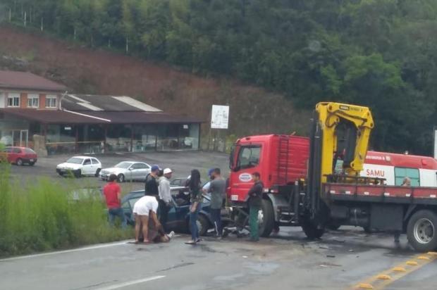 Duas pessoas ficam feridas em acidente na RSC-453, em Farroupilha Divulgação/Divulgação