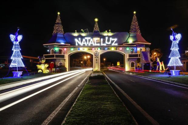 Criador do Natal Luz lança livro sobre os bastidores da criação do maior evento natalino do Brasil Cleiton Thiele/Serra Press