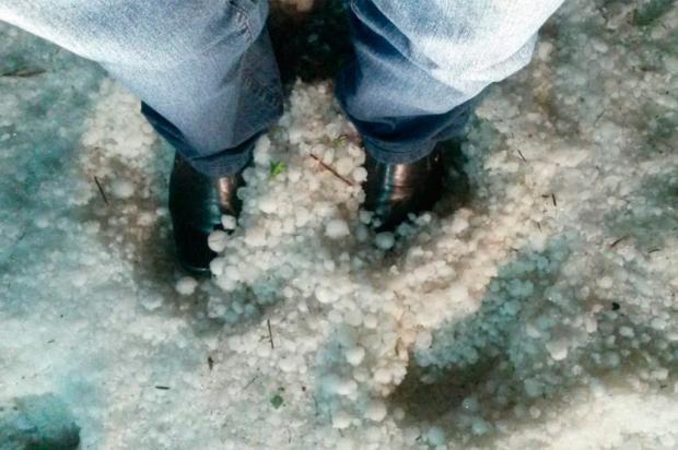 Chuva de granizo danifica moradias em Bom Jesus Avelino Costa da Silva / Divulgação/Divulgação