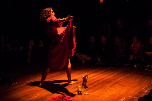 """Baseada em obra de Hilda Hilst, peça """"Obscena Senhora"""" é atração nesta sexta, em Caxias Rodrigo Waschburger/divulgação"""