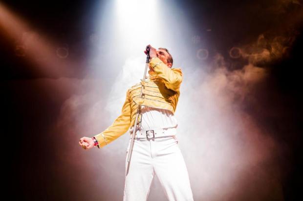 """Espetáculo """"Freddie Rock Star + Taca-lhe Clown"""" marca o encerramento do Festival Feito Clau Silva/Divulgação"""