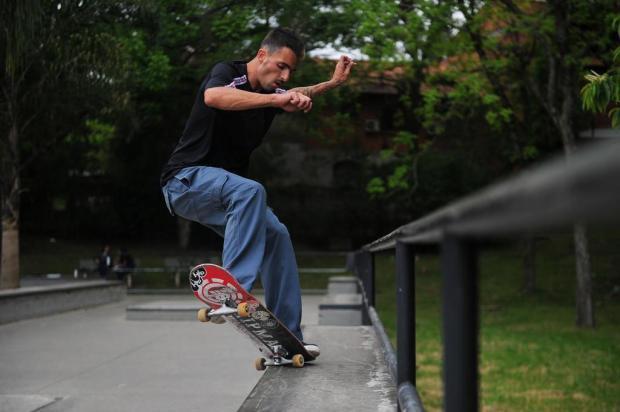 Amadores Esporte Clube: Votan Molossi respira skate Felipe Nyland/Agencia RBS