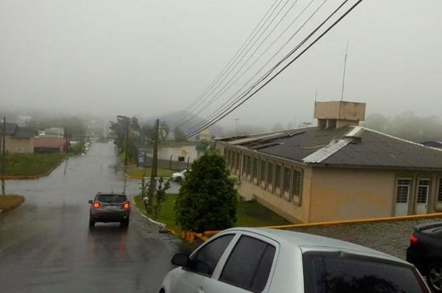 Flores da Cunha ainda tem falta de luz em localidades do interior Prefeitura de Flores da Cunha / Divulgação/Divulgação