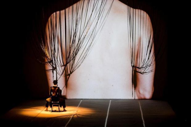 Espetáculo inspirado em Frida Kahlo será apresentado nesta sexta, no Caxias em Movimento Sabrina Canton Van Helden/Divulgação
