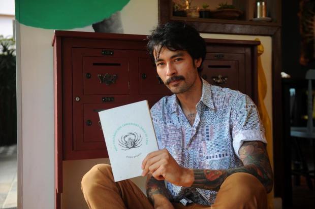 Agenda: Pippo Pezzini lança livro nesta quinta, no Alouca Café Felipe Nyland/Agencia RBS