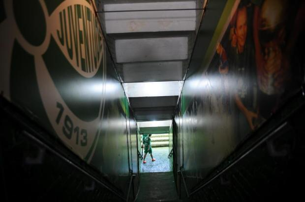 Juventude encara a Ponte Preta podendo decretar a queda de divisão Porthus Junior/Agencia RBS