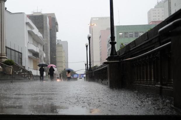 Após muito calor, quarta-feira pode ter temporal na maioria do RS Marcelo Casagrande/Agencia RBS