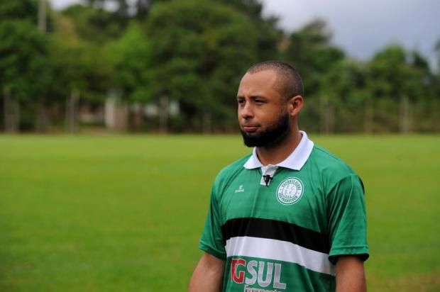 Amadores Futebol Clube: conheça Deivid Souza da Silva, volante do São Francisco Felipe Nyland/Agencia RBS