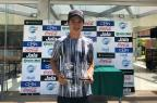 Tenista de Caxias do Sul vence torneios na Bolívia e sobe no ranking da Cosat Arquivo pessoal/Divulgação