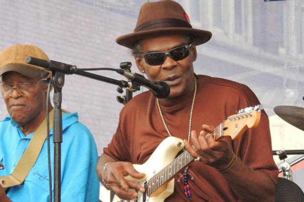 """Bill 'Howl N' Madd"""" Perry representa o blues elétrico das colinas do Mississippi em Caxias do Sul Divulgação/Divulgação"""