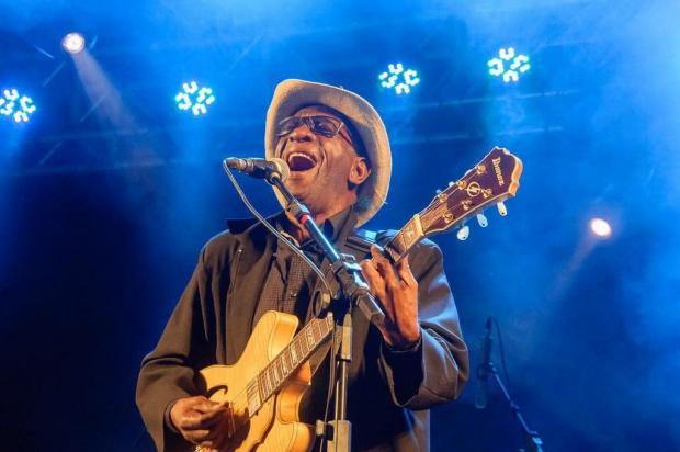 Zé Pretim, que agrega ao blues as raízes da música brasileira, estreia em Caxias do Sul no MDBF 2018 Aurélio Vinicius/Divulgação