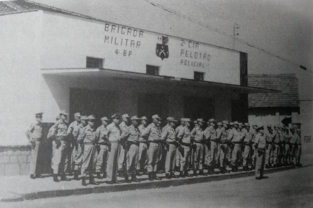 Enquanto criminalidade crescia em Caxias, polícia dependia da carona das próprias vítimas Reprodução/Livro A Segurança Pública em Caxias do Sul