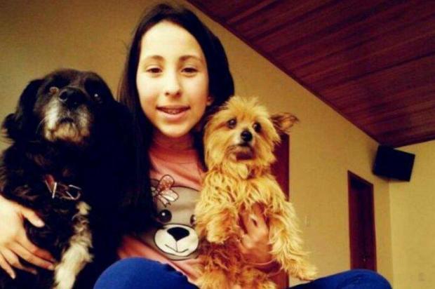 """""""Onde estivesse, a Maria Eduarda fazia o ambiente ficar alegre"""" comenta tio de menina morta em acidente em Vacaria facebook/Reprodução"""